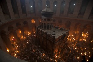PALESTINIAN-ISRAEL-RELILGION-CHRISTIAN-EASTER-HOLY FIRE